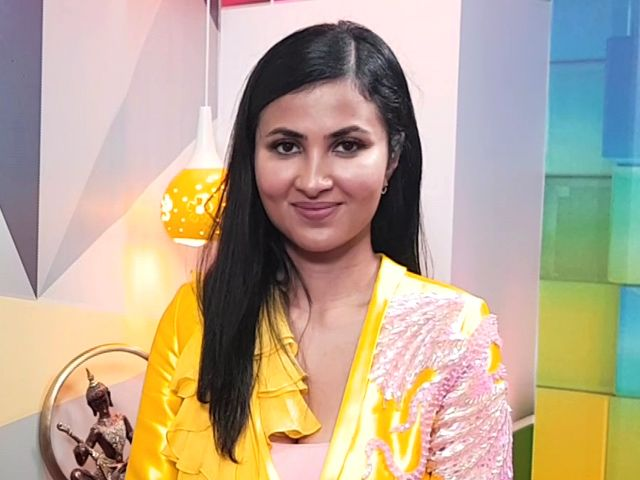 Vidya Vox On Her New Song Kaadhal Thozhi Vidya Vox Vox News Songs