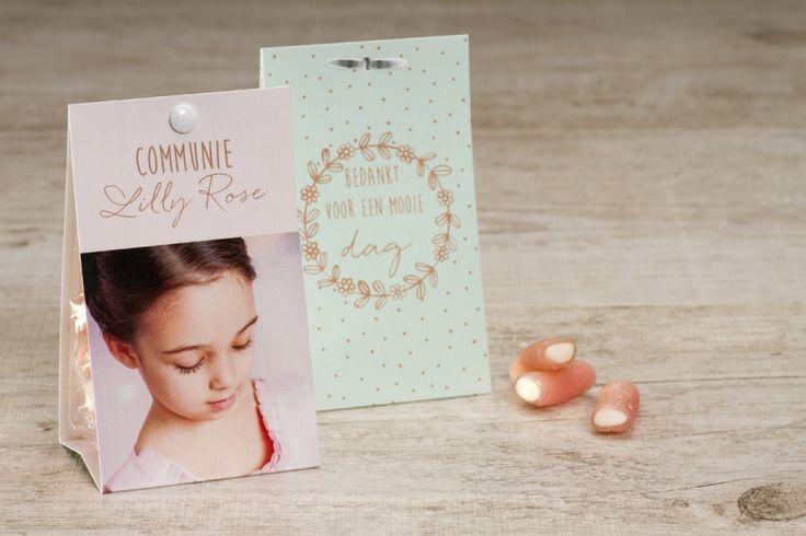 Snoepzakwikkel munt/roze met romantische bloemenkrans