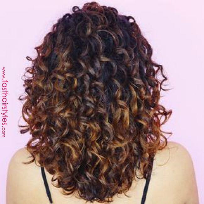 +95 cores diferentes Penteados encaracolados para o seu painel do Pinterest! «Penteado rápido …   – Lockige Frisuren Trends