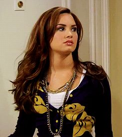 OMFG obsessed with this Demi Lovato gif