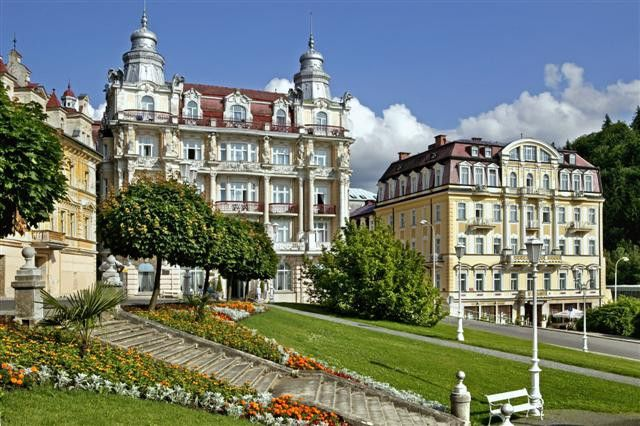 Hotel Hvězda - at the beginning of the 20th century it used to belong amongst the most modern equipped spa hotels of its time.