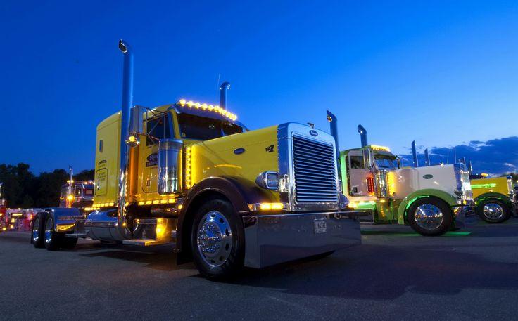 peterbilt trucks | Peterbilt Truck Yellow - Wallpapersus.com