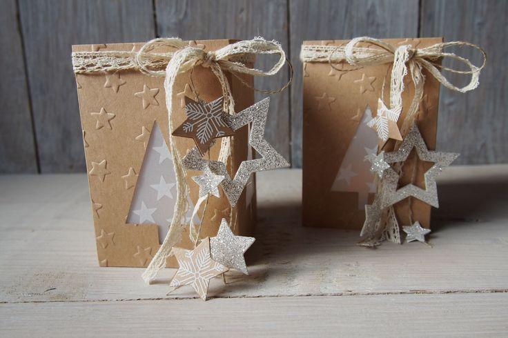 Heute zeige ich Euch, wie ich eine kleine süße Laterne aus Produkten von Stampin Up! bastel. Verwendet habe ich die Tannenbaumstanze.