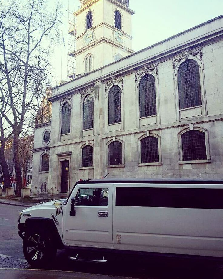 Arriving at The Orthodox St Goerge Church on Fleet Street London in the Hummer Limo.  #limosandcars #hummerh2limo #hummerlimo #weddingevent #groomcar #happycouple #limohire #weddingday #fleetstreet #london #londonlimo #romanianwedding
