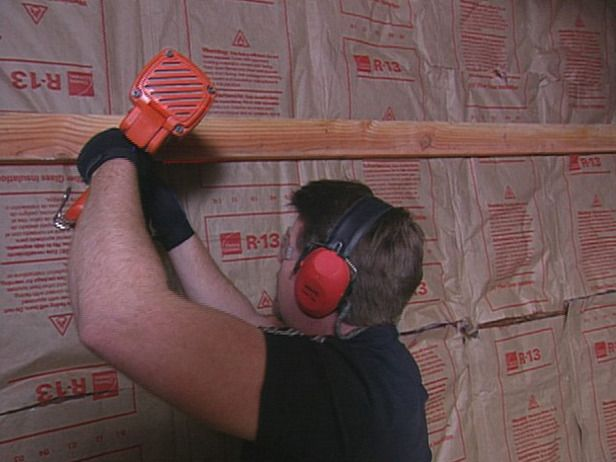 How to Insulate a Garage : Step by step, pictures.