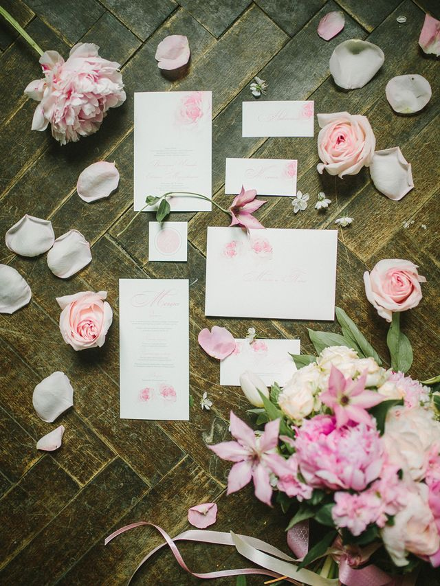 Pink wedding invitations | Rodion Shapor Photography | see more on: http://burnettsboards.com/2015/12/fairytale-rose-quartz-wedding-inspiration/