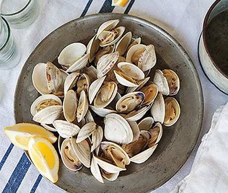 Grilled Clams with Herb ButterSeafood Recipe, Butter Melted, Yum Seafood, Grilled Clams, Grilled Seafood, Herbs Butter, Clams On Grilled, Butter Recipe, Food Photos