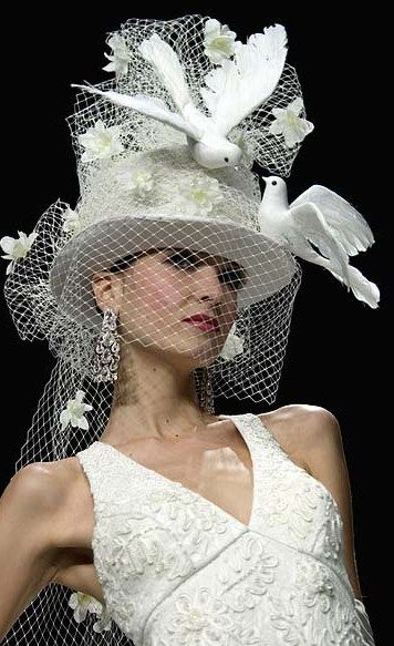 WOW~ℒᎧᏤᏋ this unique white Derby hat with flowers & white Doves with a veil!!!! ღ❤ღ
