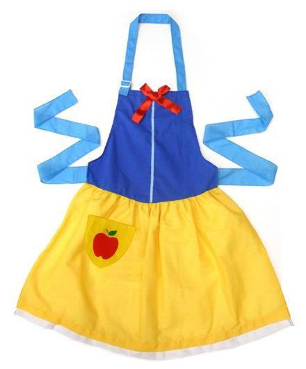 Snow White Apron (Disney Movie Rewards) I would design Superhero ones instead for my boys who help out in the kitchen.