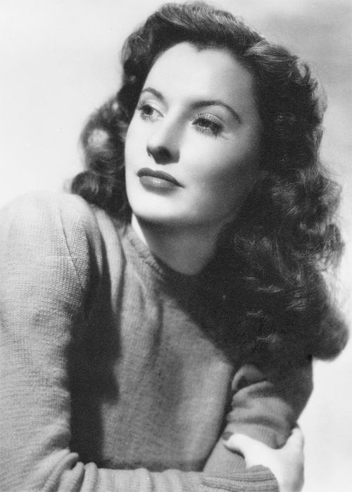 Barbara Stanwyck - reminds me of my mother - tough and fiesty!