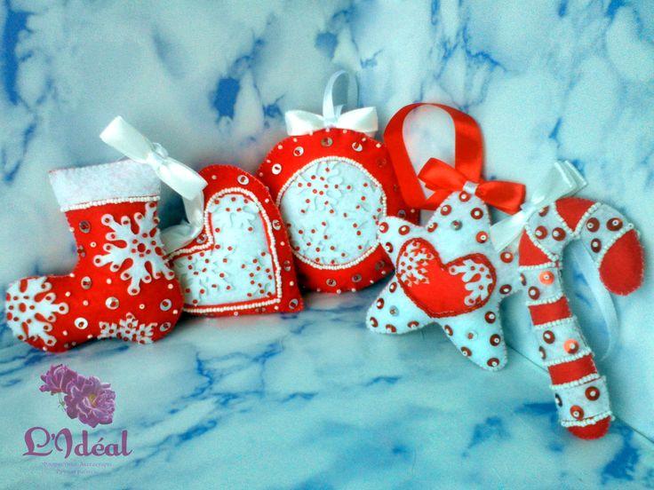 Игрушки на новогоднюю елку в красно-белом цвете  ПИШИТЕ/ЗВОНИТЕ в: Viber/WhatsApp: 79125767869 P.S. Еще больше интересного в нашей группе  ВК: https://vk.com/lideal Ок: https://ok.ru/group/53259938693315
