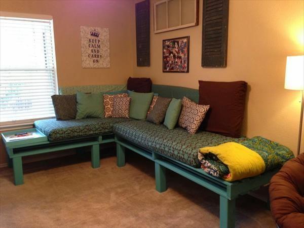 Sofa zrobiona z palety - genialne meble robione ręcznie
