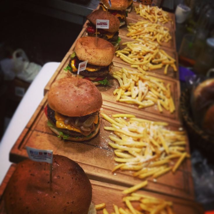 Karnivor burger