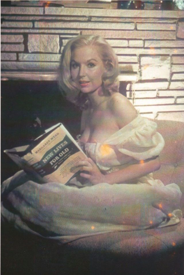 Beautiful Woman With a Perfect Body: 33 Rare and Gorgeous Color Photos of Betty Brosmer in the 1950s ~ vintage everyday