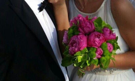 Bouquet da sposa. Ortensia verde e peonie fuxia. Maja e Francesco. Giugno 2015