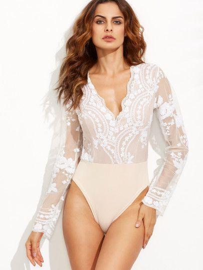 Scalloped V Neck Sequins Embroidered Long Sleeve White Bodysuit