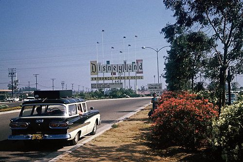 This is how I remember Disneyland
