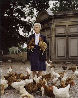 DEBORA , THE DUCHESS OF DEVONSHIRE AND HER BELOVED CHICKENS