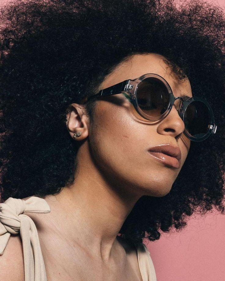 Via - COCO AND BREEZY EYEWEAR (@cocoandbreezy) Afro hair. Kinky hair. Natural hair. Big hair. Kinky curly hair. Afro textures. Afro-textured hair. Texture. Shades. Sun glasses. Eyewear. Fashion glasses. Sunnis.