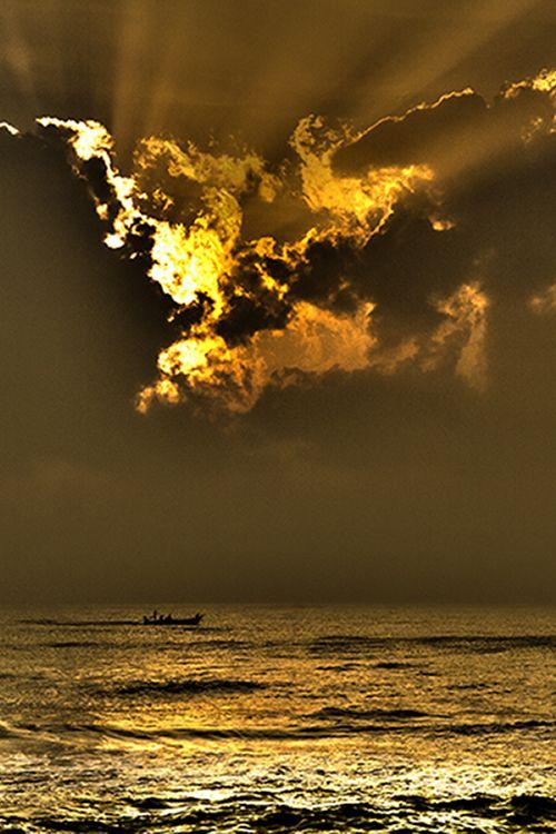 A lovely evening at the besant nagar beach, chennai, India