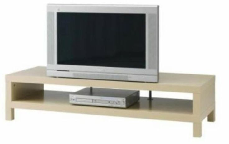 """Ikea TV Bank """"Lack""""-Serie in Birkenachbildung (ohne elektronische Geräte auf dem Foto! ) zu verkaufen. Die TV Bank ist in einem guten Zustand, weist leichte Gebrauchspuren an den Füßen auf und auf der Oberfläche.Abholung in Holzkirchen. Die Bank ist montiert!Maße:Breite: 149 cmTiefe: 55 cmHöhe: 35 cmMax Belastung: 65 kgmax. Bildschirmgröße Flach-TV: 50 """""""