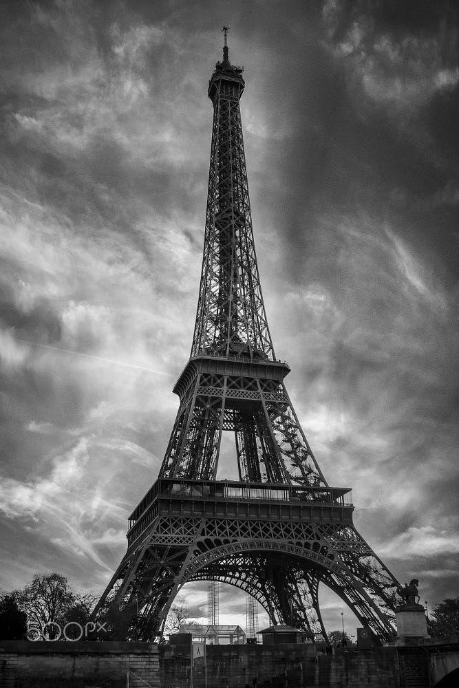 Paris Eifel Tower B W By Kenan Mutlu Photo 255693595 500px Eifel Tower Eiffel Tower Tattoo Tower Black wallpaper iphone eiffel tower