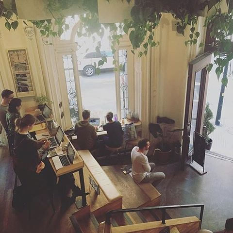 Tommy Café, Montréal