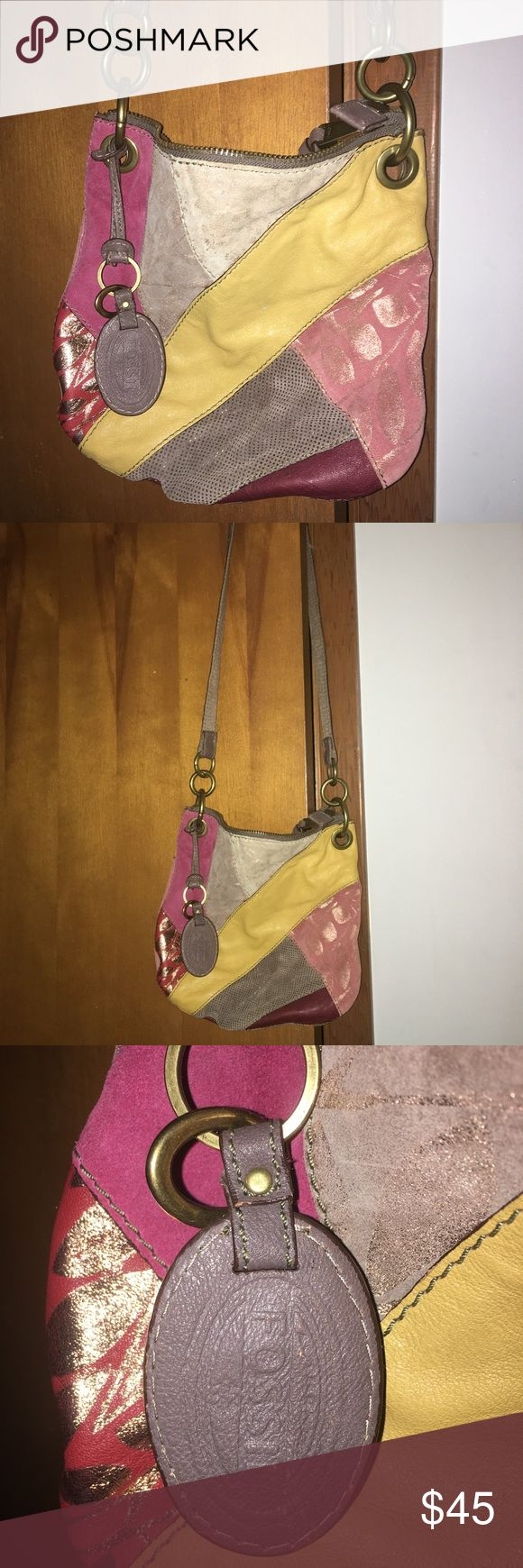 Fossil bag Really cute cross body fossil bag. Gently used. Make an offer Fossil Bags Crossbody Bags