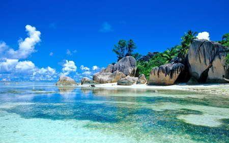 Шри-Ланка и Мальдивы #SriLanka #Maldives  Данный пакет подходит активным туристам, желающим увидеть главные достопримечательности Шри-Ланки и получить качественный пляжный отдых на Мальдивских островах. В программу включены самые известные экскурсионные «жемчужины» Шри-Ланки, дающие представление о культуре и истории страны.   http://www.bontravel.com.ua/tours/shri-lanka-i-maldivy/