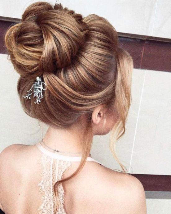 25 Weisen, einen Spitzenknoten an Ihrer Hochzeit zu schaukeln