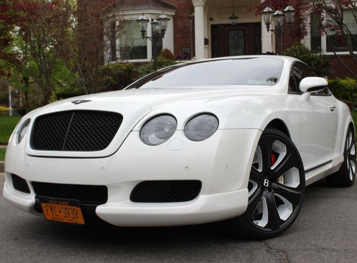 Custom Kahn Design Bentley Continental GT. Look at those wheels! Immense! #spon