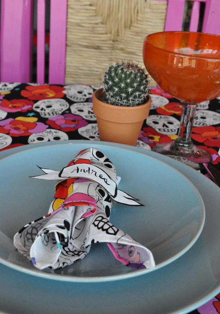 Artelexia: Day of the Dead DIY #12: DOD Napkin Rings/Place Cards