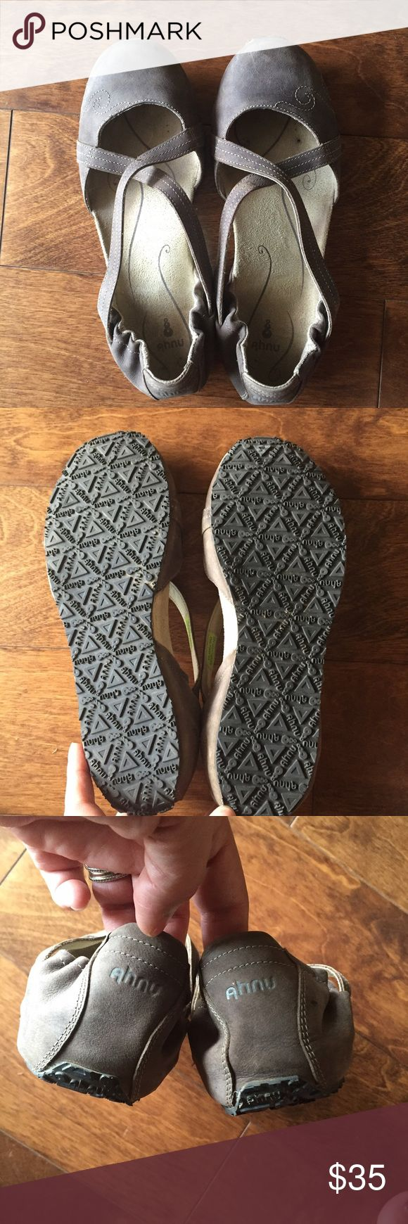 Ahnu olive green sport sandals Excellent used condition. Has some outer stains but not very noticeable. ahnu Shoes