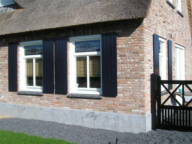 Nieuwe woning opgetrokken van antieke metselstenen #reclaimed bricks #antiekestenen #hergebruik antieke #bouwmaterialen kersbergen.nl