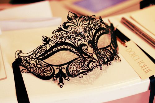 masquerade mask. It looks so cool!!
