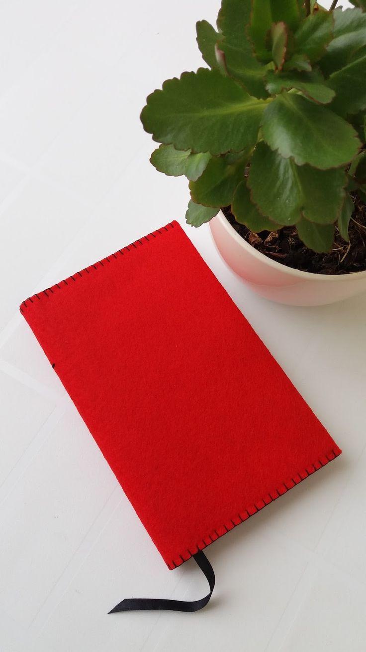 feltro nas mãos | projeto criativo: Capa de Caderno VERMELHO LISO