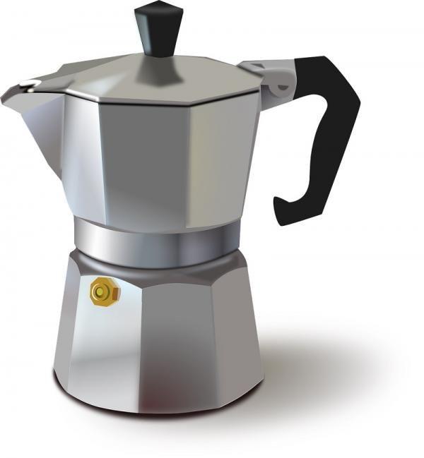 Cómo hacer capuchino casero. El cappuccino o capuchino es una de las formas de tomar café más populares, pues se trata de un café expresso servido con leche caliente y muy espumosa, lo que lo convierte en una bebida deliciosa y a...