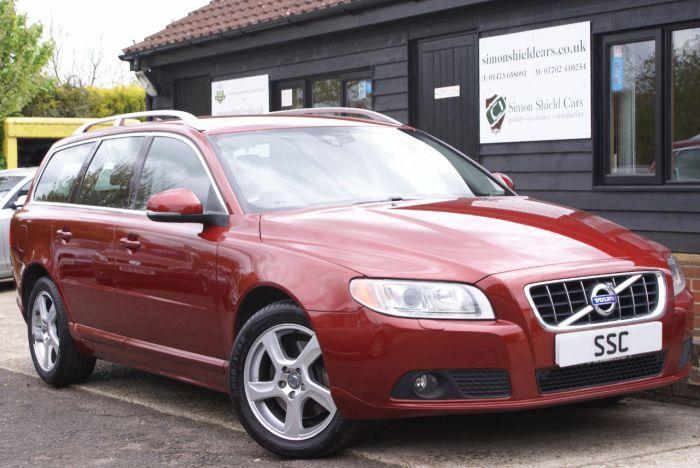 Volvo V70 2.4 D5 [215] SE Lux 5dr Geartronic [Sat Nav] Estate Diesel Flamenco Red Metallic for sale http://www.simonshieldcars.co.uk/used/volvo/v70/d5-215-se-lux-5dr-geartronic-sat-nav/ipswich/suffolk/17800169