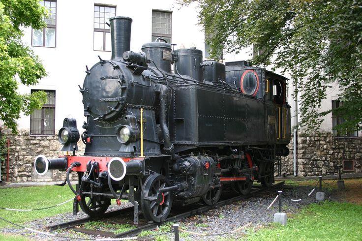 MÁV 275.020 in Pécs