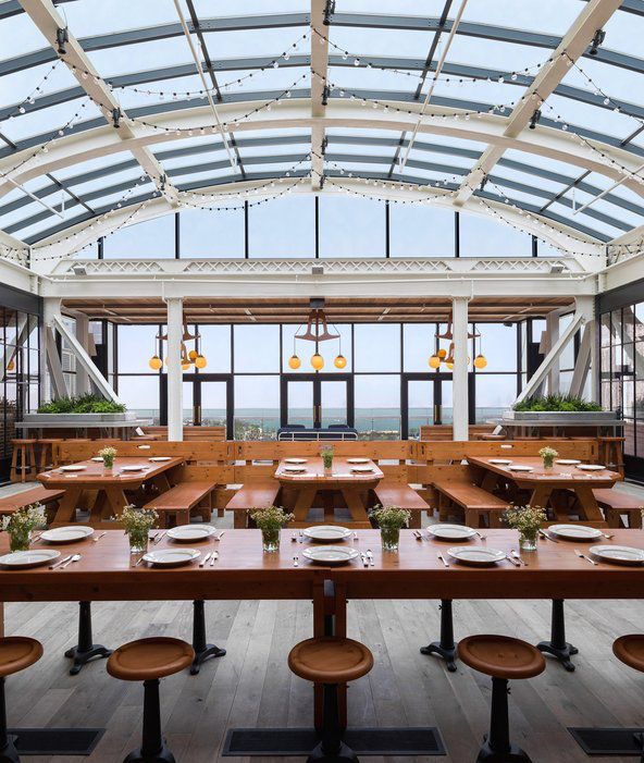 the Chicago Athletic Association is now Chicago's newest hotel #Chicago #NeoCon2016