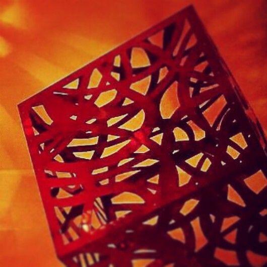 Red Cube     Valerio Salvadori