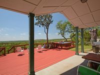 This 3-bedroom, 2-bath Hill Country home, affectionately called Tawnya's Secret Hideaway, with hot tub is located in Dripping Springs, Gateway to the Hill Country and also known as the Wedding Capitol of Texas! ...