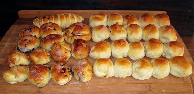 chleba naszego / daily bread : bułki z bananami...