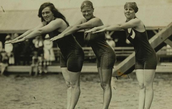 Fanny Durak was the first Australian athlete to attend the Olympic Games in 1920. Mina Wylie and her were denied permission to compete unless they paid for all the expenses. They ended up competing at the games and Fanny made the world record for the 100m freestyle whilst Mina placed second.