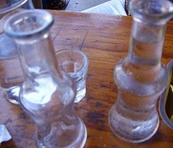 drinking Raki (from Crete) at 4epoxes