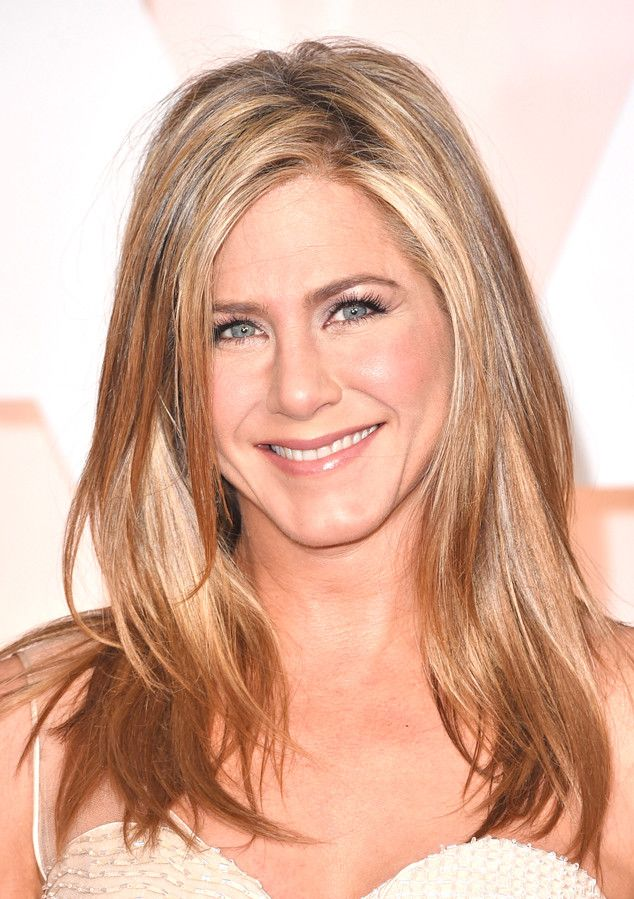 Signature Jennifer Aniston blowout by Chris Mcmillan for Living Proof!