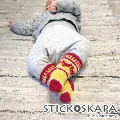 Stickoskapa: Babysockor med rävar