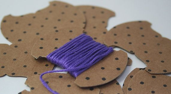 Embroidery thread storage cards