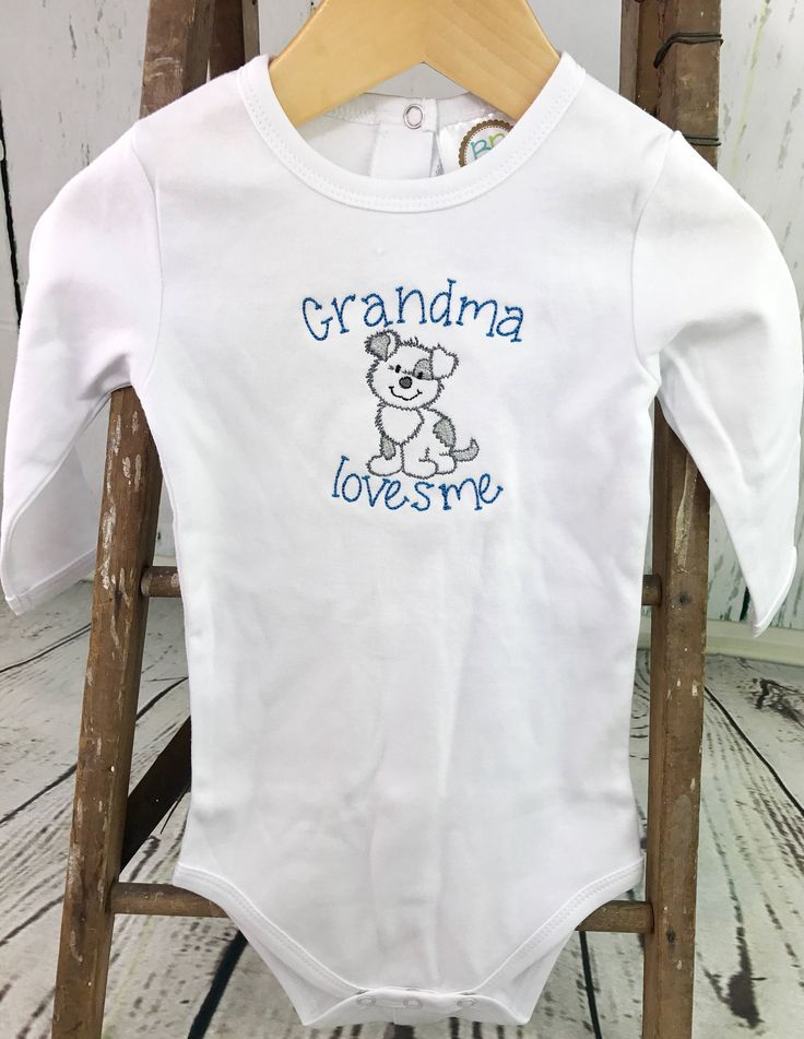 Grandma loves me onesie, I love my grandma onesie, Baby grandma onesie, Short or long sleeve grandma onesie, I love my grandmother onesie by CosyDesignscd on Etsy https://www.etsy.com/listing/517379270/grandma-loves-me-onesie-i-love-my