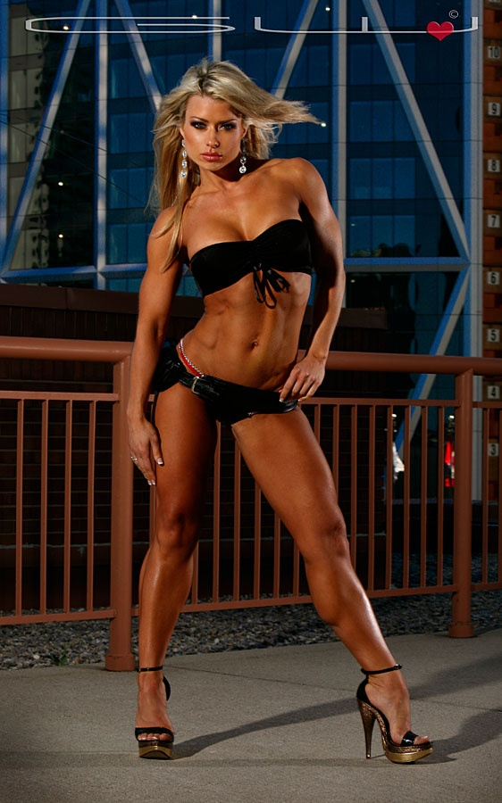 Strong legs candid sporty fit woman 8